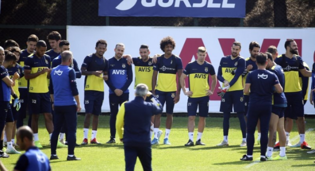 Fenerbahçe'ye Galatasaray derbisi öncesi 2 iyi 1 kötü haber!