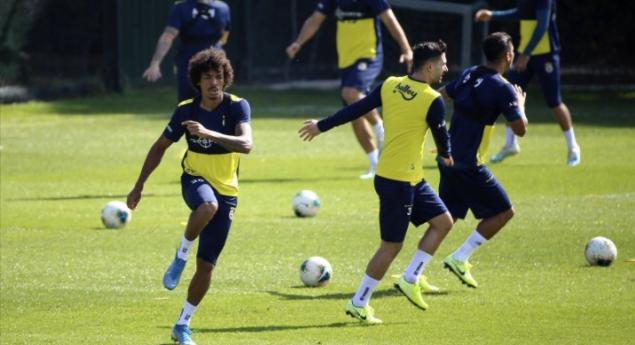 Luiz Gustavo transferi sonrası ayrılık kapıda!